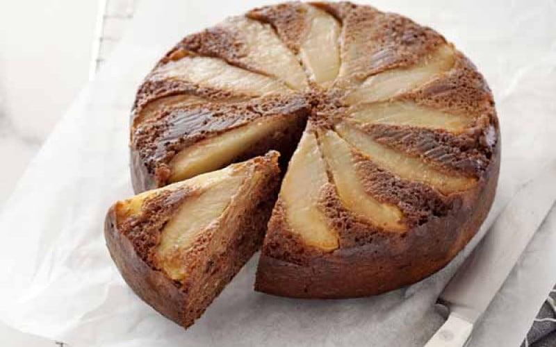 Kriaušių ir šokolado pyragas