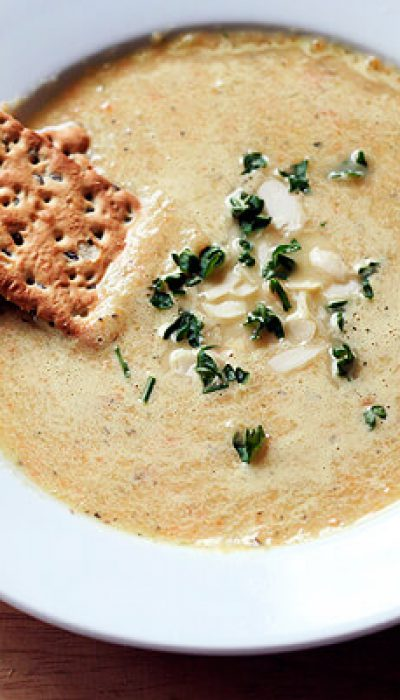 Kreminė morkų ir salierų sriuba
