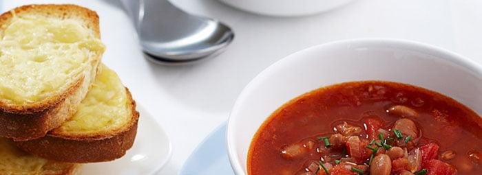 Pomidorų ir pupelių sriuba