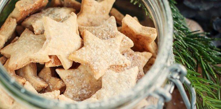 Sausainiai su cinamonu ir migdolais