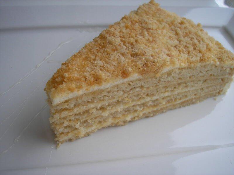 Šiltas medaus pyragas