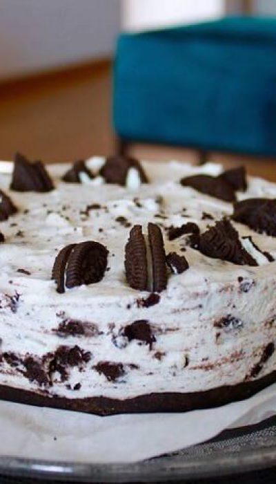 Varškės ir maskarponės tortas su oreo sausainiais