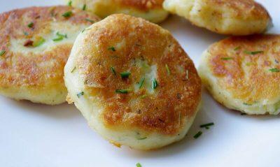 Bulviniai paplotėliai su sūriu