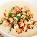 Kreminė trintų daržovių sriuba su skrebučiais