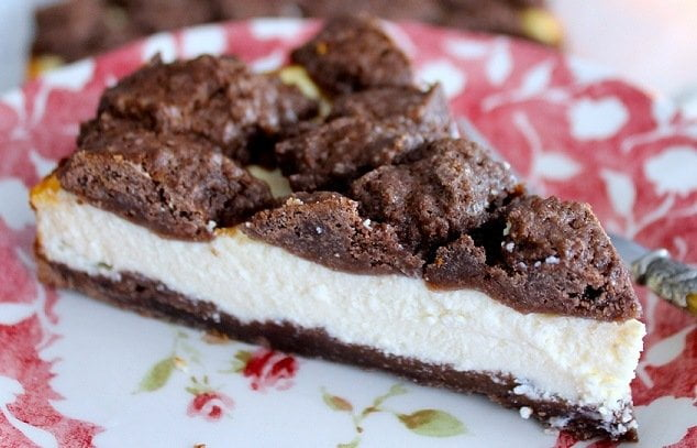Varškės pyragas su saldintu sutirštintu pienu