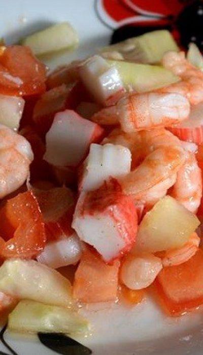Lengvos, greitai pagaminamos salotos su krevetėmis
