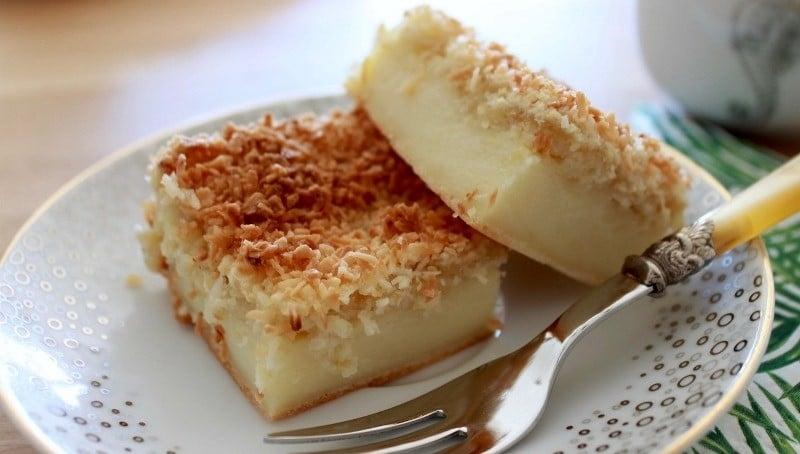 Pyragas su kokosų drožlėmis