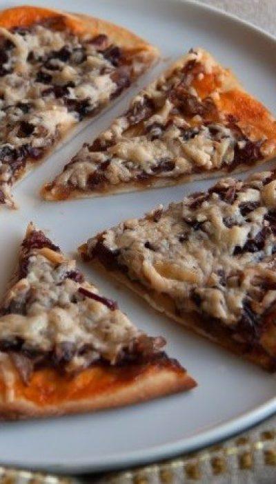 Svogūnų pica