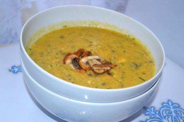 Trinta grybų sriuba su brie sūriu