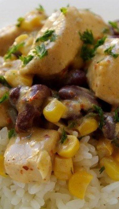 Vištienos troškinys su pupelėmis ir kukurūzais